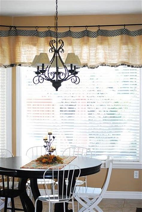Dining Room Burlap Curtains 25 Best Ideas About Burlap Kitchen Curtains On