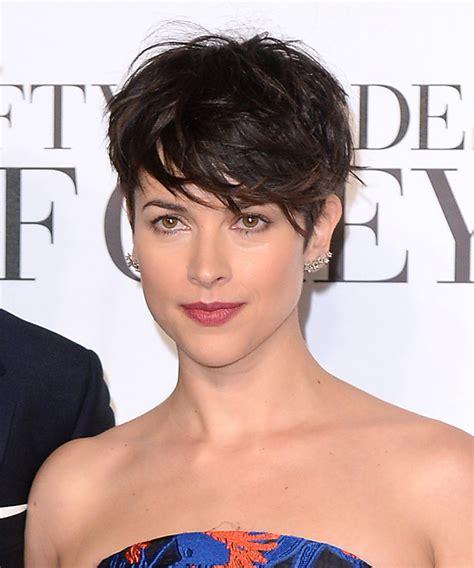 amelia warner hair amelia warner pixie con multicapas cortes de pelo corto