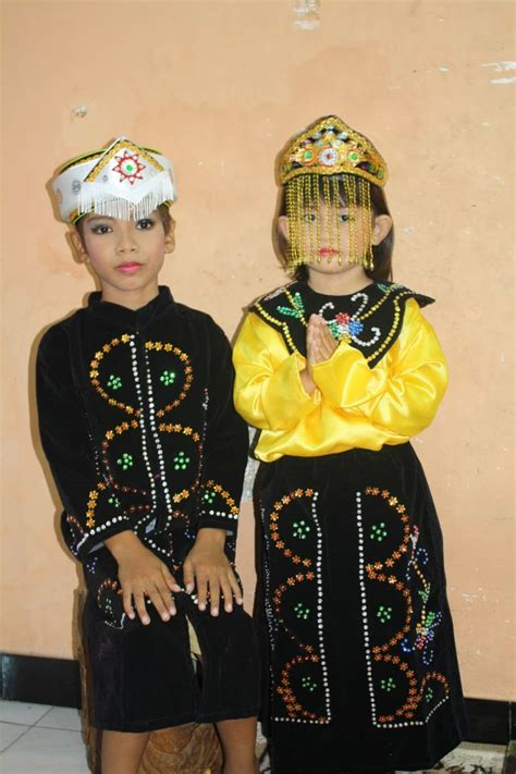 Baju Adat Anak Kecil 15 Baju Tradisional Yang Dipake Anak Kecil Ini Emang
