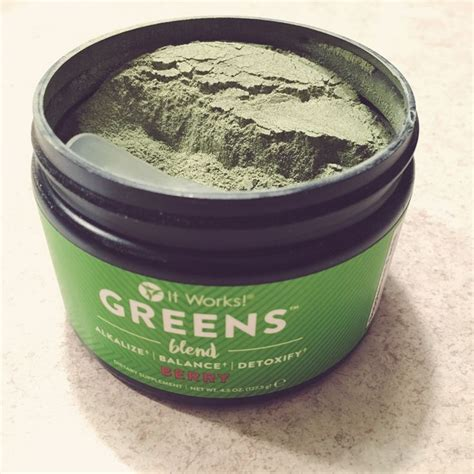 It Works 90 Day Greens Detox by 25 Best Ideas About It Works Greens On It