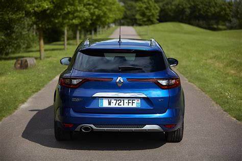 renault megane estate gt specs 2016 2017 autoevolution