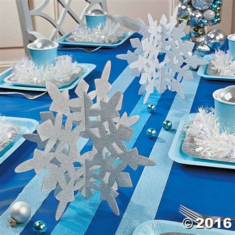 winter themed table decorations best 25 snowflake centerpieces ideas on