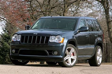 2009 Jeep Grand Review 2009 Jeep Grand Srt8 Photo Gallery Autoblog
