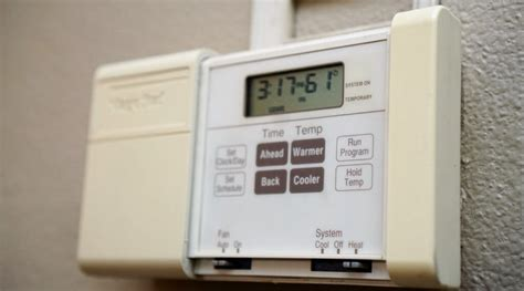 heater temperature in winter best temperature to set thermostat in winter thermostat