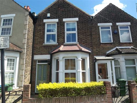 2 bedroom house to rent in eltham estate agents and letting agents in the uk houses flats