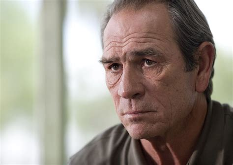 tommy lee jones fallon interview tommy lee jones in final talks to star opposite brad pitt