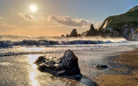 arri鑽e plan bureau gratuit morze promienie słońca skały kamienie klif
