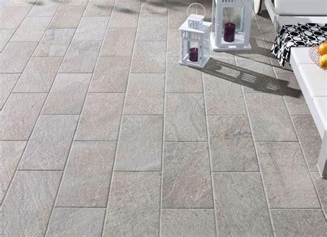 piastrelle per terrazzi esterni pavimentazione per esterni pavimenti esterni