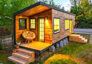 Rooms To Go Kids Houston by The Top 5 Most Beautiful Tiny Houses On Wheels Critical