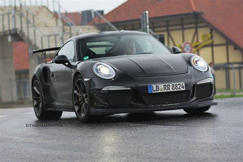 new porsche 911 gt3 rs 2015 porsche 911 gt3 rs spotted at the nurburgring again
