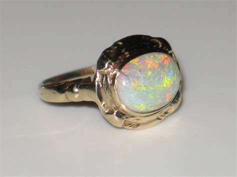 antique beautiful opal ring in 10k yellow gold