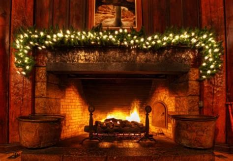Superb Ugly Christmas Sweater Decorations #7: Christmas-fireplace-decorations-this-year-for-more-elegant-and-warmer-holiday-16-550x381.jpg