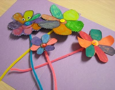 pattern for construction paper flowers 24 ways to make pipe cleaner flowers guide patterns
