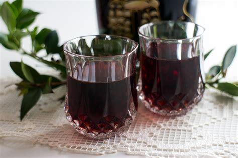 mirto fatto in casa sardo liquore di mirto rosso di sardegna 187 bosa tour diario
