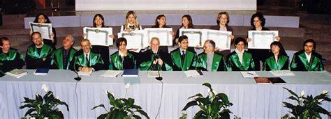 seduta di laurea laurearsi dipartimento di scienze della vita e dell ambiente