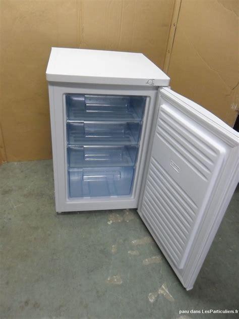 armoire traduction armoire traduction nouveau armoire contemporaine en noyer en aluminium porte esso