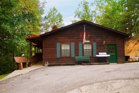 pigeon forge resort cabin dollywood vrbo dollywood smokey mountain vacation pigeon forge vrbo