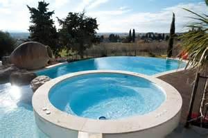 piscine et spa le duo r 234 v 233 piscine bien etre