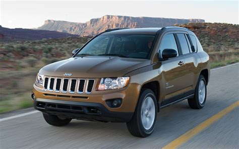 2011 Jeep Compass Recall Jeep Recalls 181 000 Wranglers And 254 000 Compasses And
