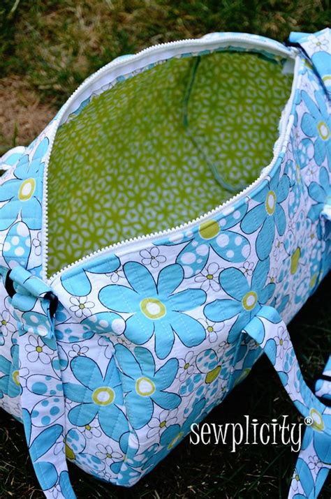 pinterest pattern tote bag sewplicity tutorial quilted duffle bag tote bag