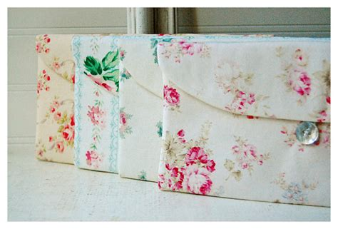 Tas Handbag Chic Pink items similar to shabby chic clutch purse bridesmaid gift set 3 4 5 6 bridesmaid clutch pink