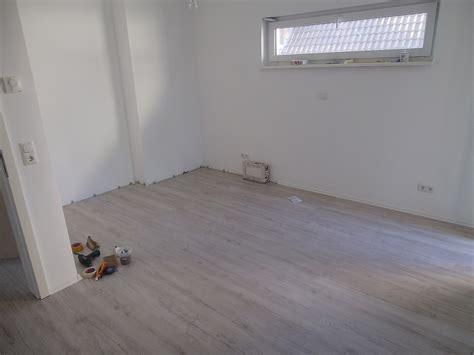 Schlafzimmer Im Keller by Laminat Im Og Fertig Keller Bekommt Vinylparkett 187 Wir