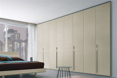 ovvio comodini liscia wardrobe with smooth doors napol furniture