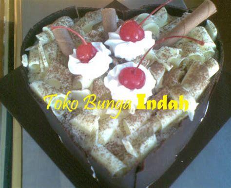 Kue Ulang Tahun Bunga Cokelat toko bunga indah kue ulang tahun blackforest tiramizu