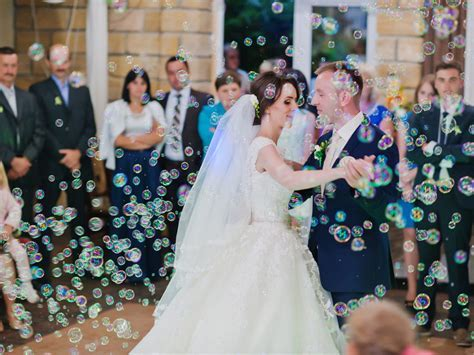 Cleveland Bubble Machine   Wedding & Events Special Effects