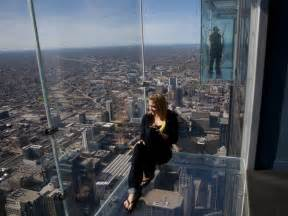delightful Willis Tower Formerly Sears Tower #1: chicago-skydeck-girl_23386_600x450.jpg