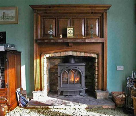 brick fireplace with oak mantel 25 best ideas about antique fireplace mantels on