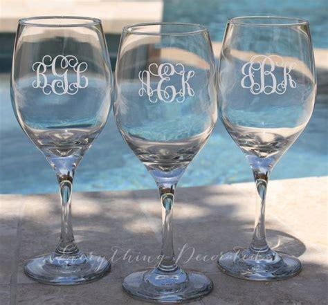 monogrammed barware glasses best 25 monogram wine glasses ideas on pinterest