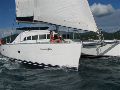 catamaran whitsundays charter whitsunday blue catamaran luxury motor yacht charter