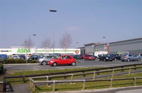 bolton retail park burnden park retail park 169 mr m evison geograph britain