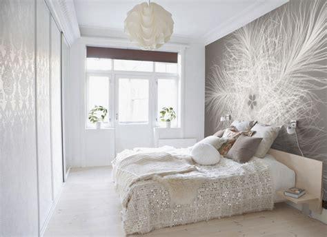 Wallpaper Schlafzimmer by Tapete Mit Federmotiv Roomido