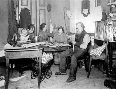 Wohnung Industrialisierung by Deutschland Um 1900 Naturalismus