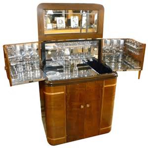 Home Interiors Figurines 1930s American Art Deco Radio Bar Radiobar Glasses
