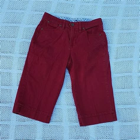 lee comfort waist capris lee lee comfort waistband red chino capris from melia s