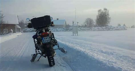 Motorrad Winter Fahren by Fahren Auf Schnee Winterreifen F 252 R Motorr 228 Der Biker Treff