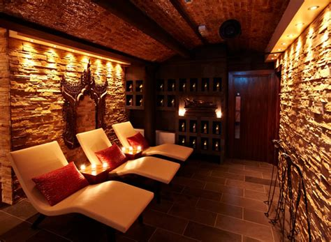 poultice room relax and unwind at the luxurious thai square