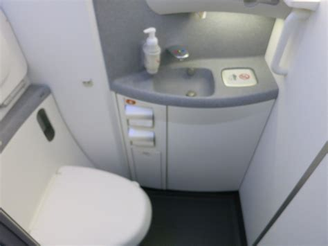 boeing introduces  cleaning toilets view   wing