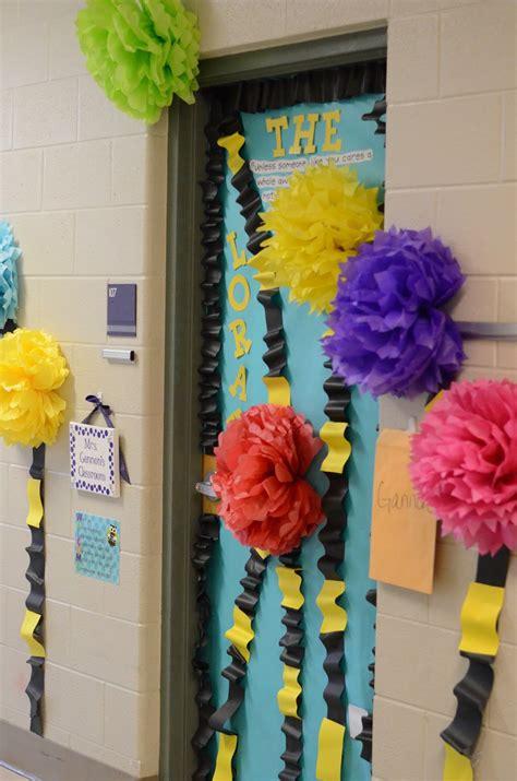 Dr Seuss Door Decorating Ideas by Dr Seuss Decorating Ideas For Classroom Door
