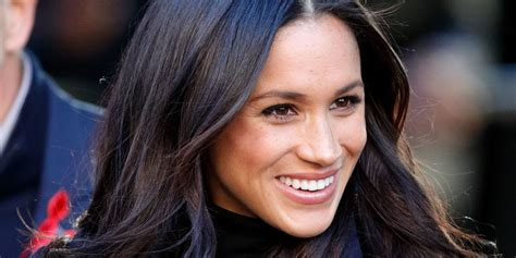 meghan markle makes her insta comeback with a telling message meghan markle wore this beautiful velvet dress for first