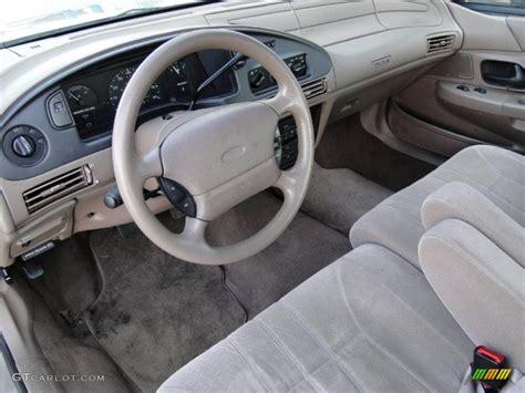 2014 Ford Taurus Interior 1995 Ford Taurus Gl Sedan Interior Photo 46353848