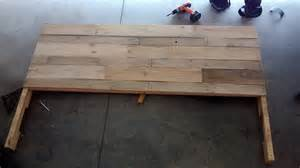 headboard made out of pallets by eduardoluisg75