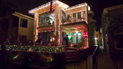 Lights For Christmas Balboa Island Houses I