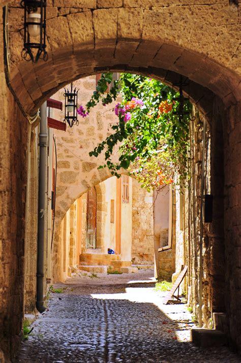 turisti per caso rodi rodi vicolo viaggi vacanze e turismo turisti per caso