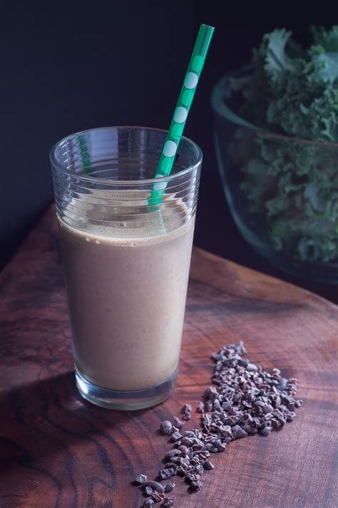 Chocolate Detox Smoothie by Chocolate Kale Detox Smoothie Travelynn Eats