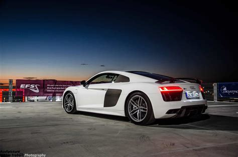 Audi V10 Plus 2015 Audi R8 V10 Plus In Photo Session On Top Of A