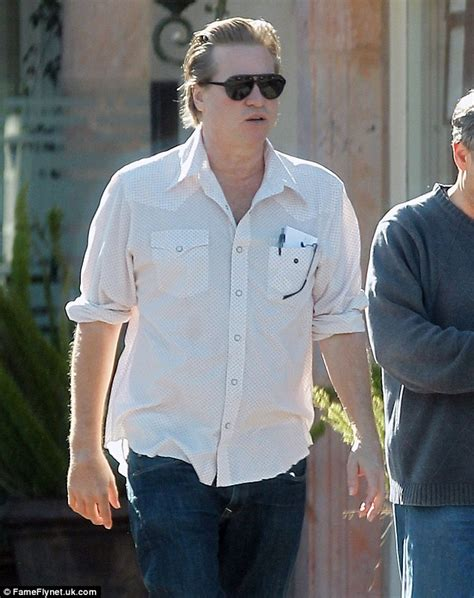 Val Kilmer Had Gaining Weight Felt Like He Was by Val Kilmer Shows His Slimmer Waistline As He Steps Out
